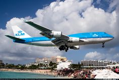 Photos: Boeing 747-406 Aircraft Pictures   Airliners.net