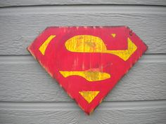for a superhero room Superhero Images, Superhero Wall Art, My Superman, Superman Stuff, Superman Bedroom, Plywood Art, Nerd Cave, Wooden Projects, Paint Stain