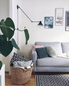 Who else wants to spend today curled up on the sofa? 🙋♀️