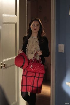 Leighton Meester as Blair Waldorf on Gossip Girl Gossip Girls, Estilo Gossip Girl, Gossip Girl Outfits, Gossip Girl Fashion, Moda Blair Waldorf, Blair Waldorf Estilo, Blair Waldorf Outfits, Fashion Tv, Blair Fashion