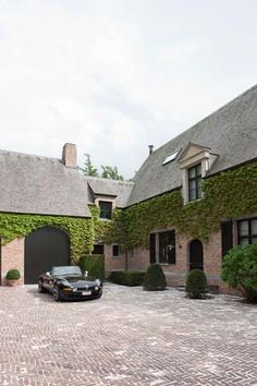 Types Of Architecture, Interior Architecture, Exterior Design, Interior And Exterior, Garages, Belgian Style, Classic Garden, House Landscape, Love Your Home