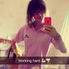 #scrubber #molly #maid #working #hard #cleaner #se.. - picturegr.am