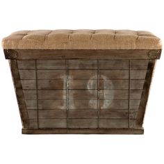 wood storage crate....I'm so going to barn sales from now on, so much fun stuff to find!!!