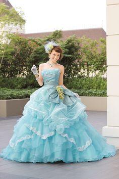 Liliale, ballgown, wedding, wedding dress, bride.