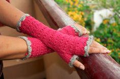 Woolen crocheted handwarmers