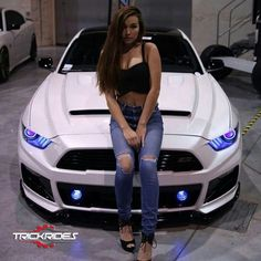 Trendy luxury cars for women ford mustangs Ideas - - Luxary Car Women - Super Car Pictures Audi A5 Coupe, Models Men, Mustang Girl, Mini Car, Girly Car, Sweet Cars, Us Cars, Expensive Cars, Car Girls