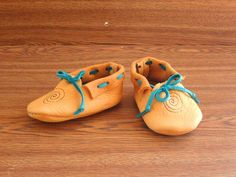 FREE SHIPPING Leather Baby Moccasins Gold by EnchantedLeather, $22.00