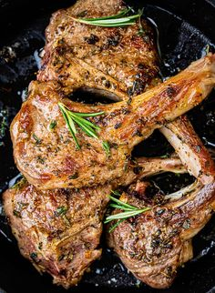 Juicy succulent lamb chops take minutes to cook. Simply season, rub with a simple garlic and herb marinade and pan fry. Perfect for date night! Oven Baked Lamb Chops, Grilled Lamb Chops, Smoked Pork Chops, Rosemary Lamb Chops, Lamb Loin Chops, Lamb Steak Recipes, Veal Recipes, Lamb Chops Marinade, Lamb Rack Recipe