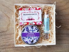 A simple yet beautiful gift box filled with a Soap, a Body Moisturiser and Bath Salts in a glass vial. Choose from one of our Collections stated below or Make Your Own. Make Your Own, Make It Yourself, How To Make, Seaweed Soap, Lavender Bath Salts, Oatmeal Soap, Love And Co, Rose Bath, Rose Soap