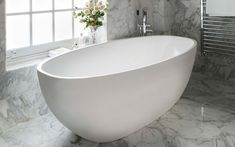 Victoria and Albert Barcelona Free Standing Bathtub with Center Drain a Contemporary double-ended bathBarcelona bath with void Bathroom Styling, Bathroom Interior Design, Barcelona, Cast Iron Tub, Master Bathroom, Bathroom Tubs, Bathroom Ideas, Bathroom Fixtures, Bathroom Inspiration