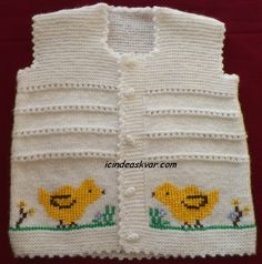 This post was discovered by El Baby Knitting Patterns, Baby Sweater Knitting Pattern, Knit Baby Sweaters, Baby Vest, Baby Boy, Christmas Look, Ladybug Crafts, Little Ones, Diy And Crafts