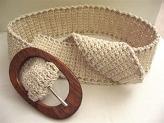 crochet belt. Love this! It would look great as a waist belt with a dress!