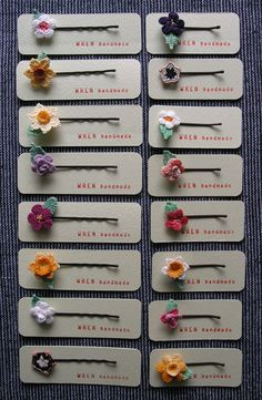 Bobby Pins with Crochet Flowers--Lilith would love these.: Bobby Pins with Crochet Flowers--Lilith would love these. Love Crochet, Crochet Gifts, Diy Crochet, Crochet Ideas, Crochet Stars, Tutorial Crochet, Crochet Flower Patterns, Crochet Flowers, Fabric Flowers