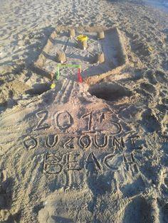 painting the sand #Camping A Ouzouni #beach #Halkidiki http://campingouzouni.com/