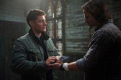 Supernatural+Season+10 | Supernatural' Season Finale Sneak Peek: Crowley Offers Sam and ...