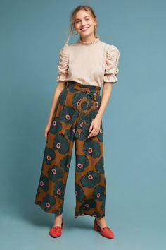See this Windham Wide Legs from Anthropologie. Older Women Fashion, Girls Fashion Clothes, Fashion Outfits, Womens Fashion, Fashion Trends, Fashion News, Latest Fashion, Fashion Online, Kulot Batik