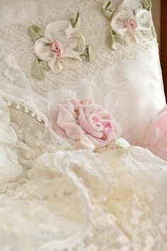 Fripperies:  #Rose and #lace. Jennelise: The Romance of Lace.