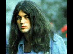 Well every week you can choose between two singers. This Week: David Coverdale x Ian Gillan. Who has better voice for Love Songs, and Hard Songs. Deep Purple, Beatles, David Coverdale, Jesus Christ Superstar, Purple Band, Rockn Roll, Black Sabbath, The Clash, Sound Of Music