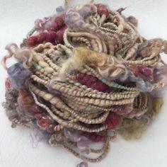 Spécial main filé filé ART fil - Carnaval texturé.  Filage, feutrage, tissage de tricotage