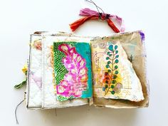 Making some Art Marks in my Pocket Journal and counting the days until this crazy beginning to 2019 settles down. Journal Paper, Art Journals, Journal Art, Junk Journal, Tea Bag Art, Bees Knees, Handmade Books, Mark Making, Art Journal Inspiration