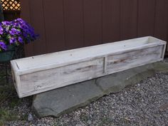 Wood planter box/Outdoor planter/Distressed cream cedar by Rustiek