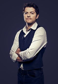 Misha Collins.  A normal picture of him does exist!