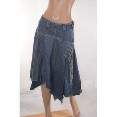 jupe en jean asymetrique bleu toile de coton, zip sur le coté. A porter en toute occasion Promod vetement occasion, femme, pas c