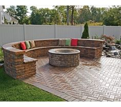 Fire pit.... Love! Plus pool off to the side, would make for an awesome backyard!