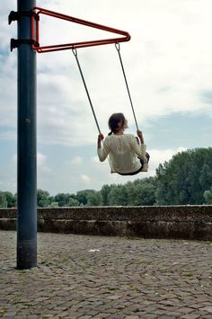 This swing design is portable so that you can hang from trees or poles whenever and wherever you like.