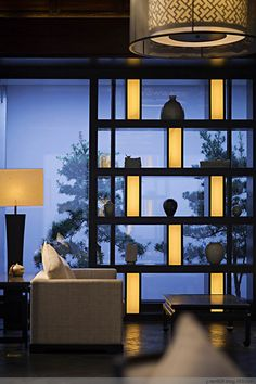 梁志天新作打造亦古亦今的雨润涵月楼酒店 Room Divider Screen, Partition Screen, Partition Design, Interior Lighting, Lighting Design, Wall Design, House Design, Interior Architecture, Interior Design
