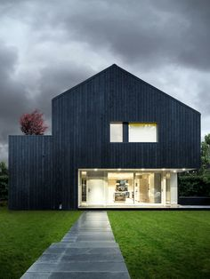 """As with many of these Modern Design Inspiration posts in which I share some of our inspiration images, today's post is all about Black Houses. but this time we are currently building the house and have the opportunity to """"get our hands dirty"""". Residential Architecture, Modern Architecture, Modern Wooden House, Wooden Houses, Black Building, Street House, House In The Woods, Black House, Exterior Design"""