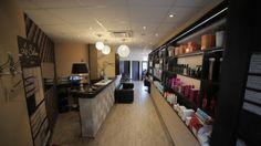 Le Salon Salons, Lounges