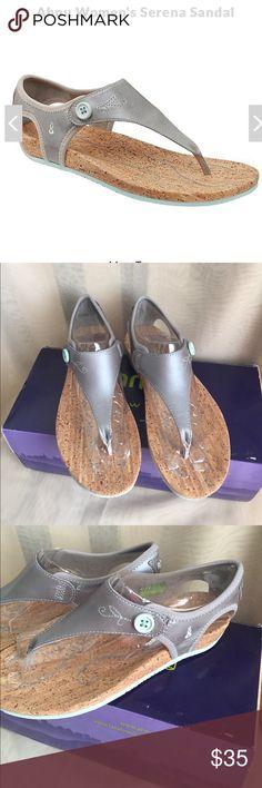 NEW AHNU SANDALS NEW AHNU SERENA. Mesa Taupe ahnu Shoes Sandals