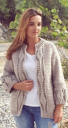 43 Awesome Crochet Cardigan Pattern Images for New Season 2019 - Page 11 of 50 - Women Crochet. Crochet Coat, Crochet Cardigan Pattern, Easy Crochet Patterns, Crochet Clothes, Free Crochet, Crochet Ideas, Knitting Blogs, Pattern Images, Pattern Pictures