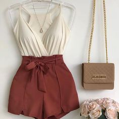 18 Ideas Style Vestimentaire Femme Short For 2019 Teen Fashion Outfits, Short Outfits, Chic Outfits, Pretty Outfits, Summer Outfits, Womens Fashion, Fashion Trends, Fashion Fashion, Fashion Decor