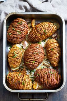 Crispy Roasted Potatoes – Tossed with Garlic-Butter-Parmesan goodness & roasted to crisp-tender perfection!