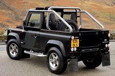 Land Rover Defender SVX. Land Rover está celebrando su 60 aniversario con una edición especial del Defender 90 reservada exclusivamente para el Reino Unido, y conocida por la denominación SVX. Esta serie limitada además de muy exclusiva, pasa por...