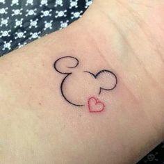 Tatoos - New Ideas Mini Tattoos, New Tattoos, Body Art Tattoos, Tatoos, Flower Tattoos, Mickey Tattoo, Mickey Mouse Tattoos, Disney Tattoos Klein, Disney Tattoos Small