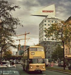 Der alte Doppeldecker war heute unterwegs in der Kantstraße in Berlin-Charlottenburg