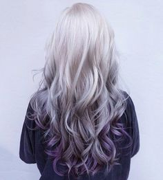 Spring is just around the corner, so don't you think it's time for a hair color change? The wealth of options is endless. This season, purple balayage is in Purple Balayage, Ombre Highlights, Hair Color Purple, Hair Colors, Purple Ombre, Purple Grey, Silver Purple Hair, Grey Ombre, Lilac Hair