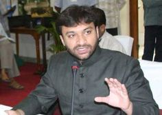 Akbar Owaisi moves High Court for quashing hate speech cases
