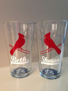 St. Louis Cardinal Lovebirds pint glasses by Randipity on Etsy