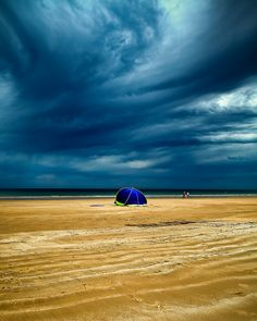 Moana Beach Before Storm.  Moana Beach is only 45 minutes drive south of Adelaide and on the doorstep of the McLaren Vale Wine Region and many other attractions on the Fleurieu Peninsula. South Australia.  James Yu Photography