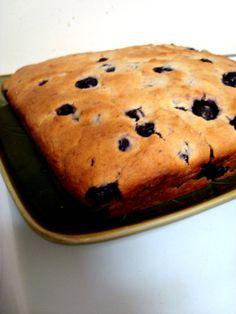 Blueberry sourdough cake