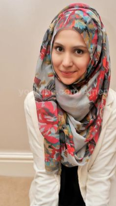Hijab..i love the scarf