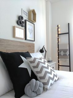 Alquimia nos presenta una casa real donde el estilo nórdico está presente en todas las estancias. Master Bedroom Plans, Home Bedroom, Scandi Home, Diy Casa, Dream Rooms, New Room, Furniture Decor, Decoration, Room Decor