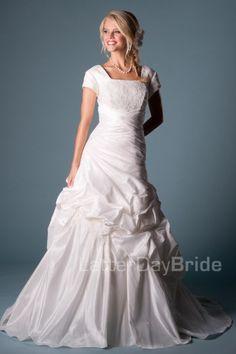 Leonella - Wedding Dress Front