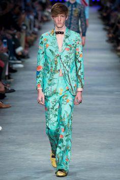 Gucci Primavera 2016 – Mr. & Mrs. Gucci Men Suit