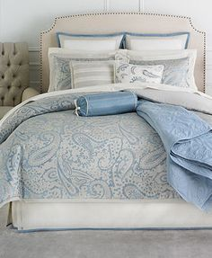 Just ordered this at the Macy's Home Sale :)Martha Stewart Collection Gemstone Paisley 22 Piece Queen Comforter Set