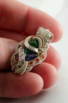 ©Daniel Lomax #wirewrap #jewelry #wirewrapjewelry